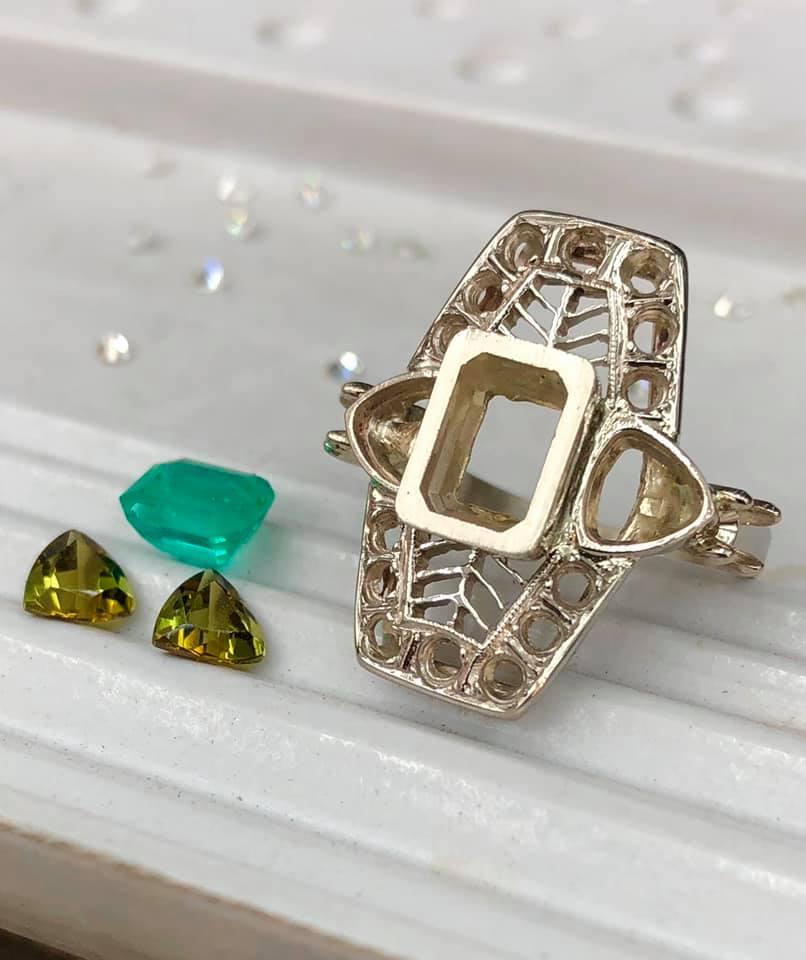 custom design vintage look gold ring